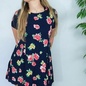 Dresses & Skirts - Navy flower sundress